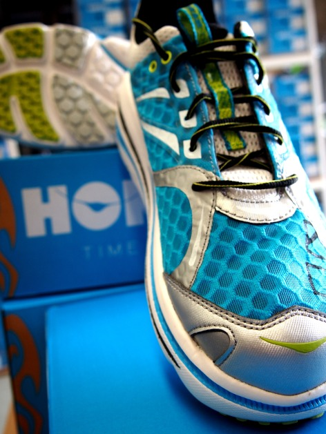 Cyan/white/lime Bondi 2